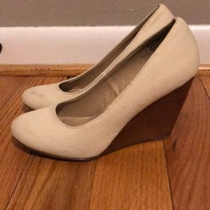 Shoes - Cream wedges